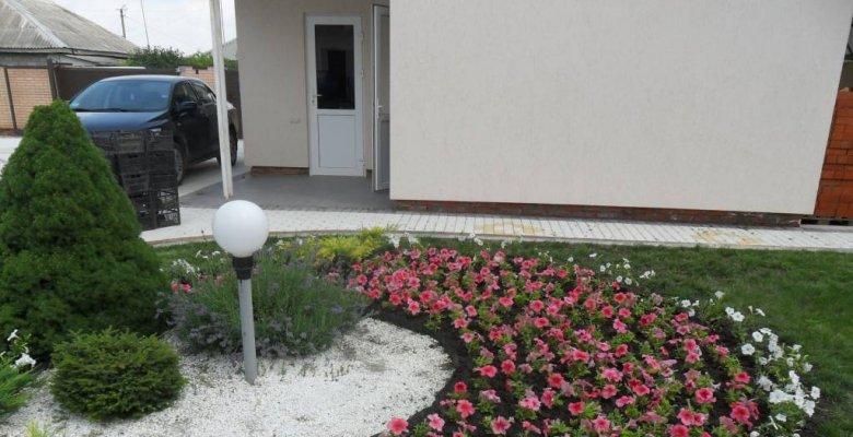 Сад дома в Кореновске